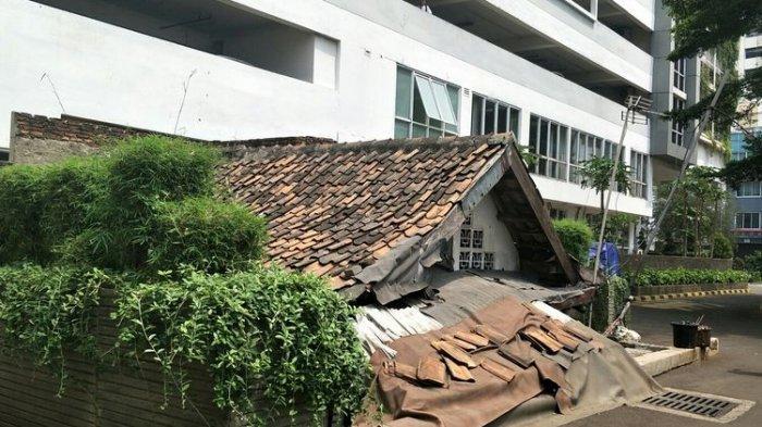 Punya Rumah Dikepung Kompleks Apartemen, Lies Harus Bayar Karcis Masuk ke Pengelola