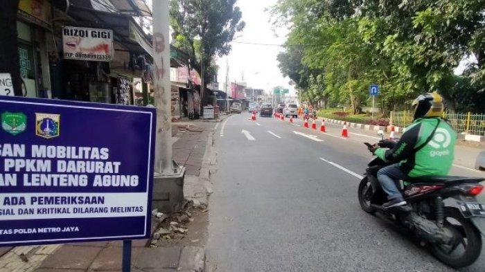 Siang ini, Arus Lalu Lintas di Ruas Jalan Lenteng Agung Lengang, Pos Penyekatan Dilonggarkan