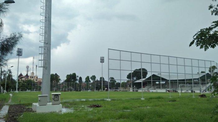 Meski Piala Dunia U20 Diundur, Renovasi Lapangan Kota Barat Tetap Dikebut