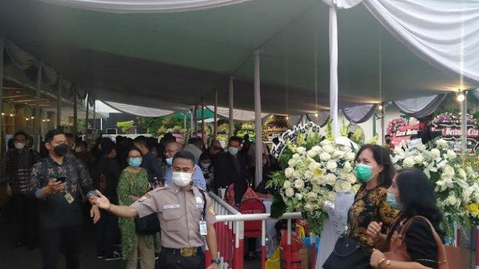 Siang Ini Jenazah Istri Menkumham Yasonna Laoly Dimakamkan di Karawang