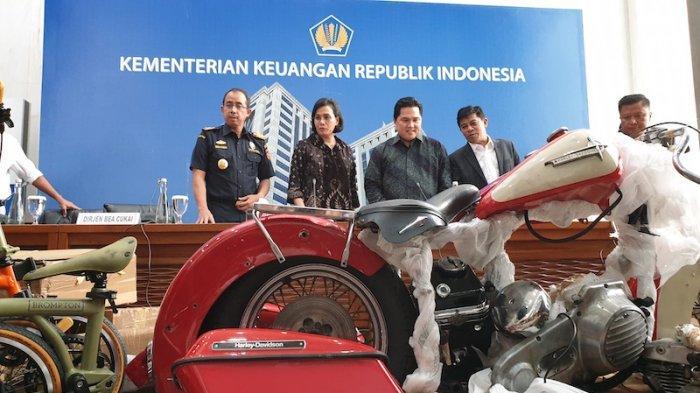 Konferens pers Menkei Sri Mulyani dan Menteri BUMN Erick Thohir tentang pemecatan Bos Garuda terkait penyelundupan Harley Davidson
