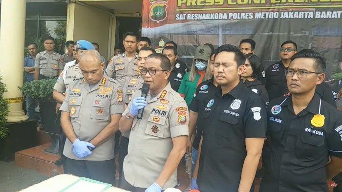 Konferensi pers penangkapan Lucinta Luna terkait narkoba di Polres Metro Jakarta Barat, Rabu (12/02/2020) pagi.
