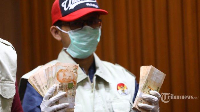 Suap Berjamaah Proyek Air Minum Kementerian PUPR: Inspektur Jenderal Jalani Pemeriksaan di KPK