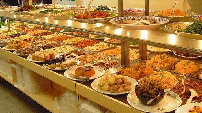 Konsep AYCE membuat kita bisa menikmati berbagai jenis makanan