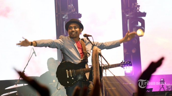 Download MP3 Lagu Kisah yang Salah - Glenn Fredly: Lengkap Lirik, Chord Gitar & Video Klip