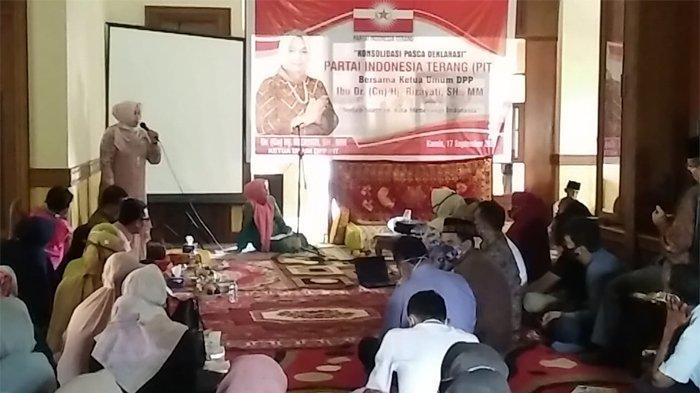 Partai Indonesia Terang Gelar Konsolidasi Se-Aceh dan Sumut di Bireuen, Ini Harapan Hj Rizayati