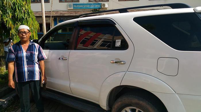 Bandit Pecah Kaca Sasar Mobil Pelayat, Uang Hilang Hanya Rp 7.500
