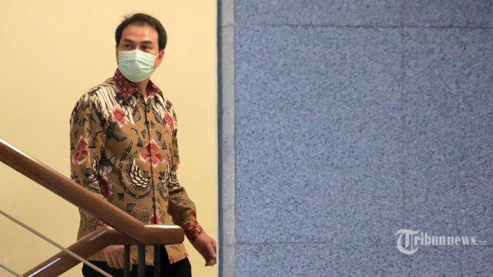 Ditangkap KPK, Azis Syamsuddin Tiba di Gedung Merah Putih pada Jumat Malam