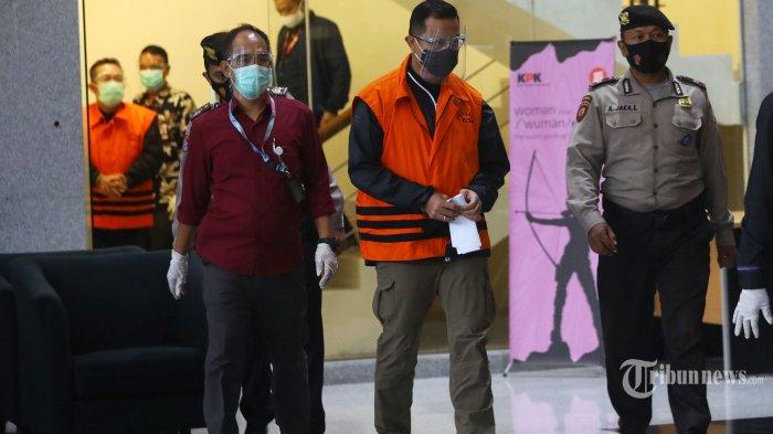 Juliari P Batubara Tersangka KPK, Haris Azhar Kritik: Kenapa Setiap Rezim Mensosnya Ditangkap?
