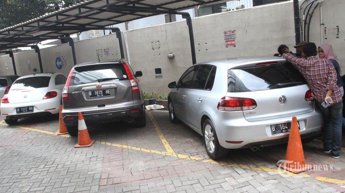 Honda Crv Cuma Dijual Rp 30 Jutaan Ini Daftar Harga Mobil Lelang Kpk Tribunnews Com Mobile