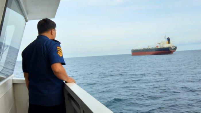 Kapal Tanker Mati Mesin, KPLP Tanjung Uban Kirim Kapal Patroli Untuk Pertolongan dan Pengamanan