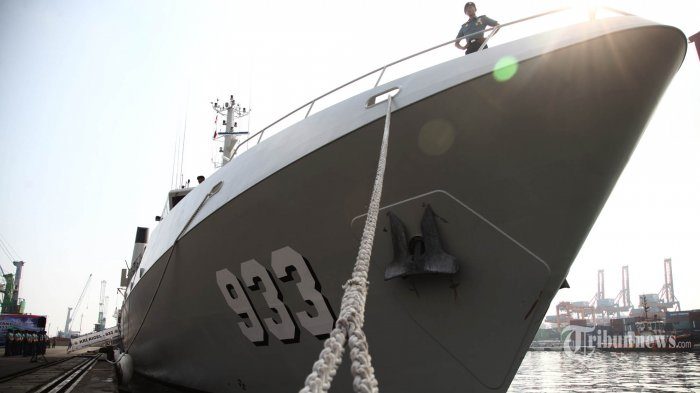KRI Rigel-933 tiba di Pelabuhan Tanjung Priok, Jakarta Utara, Jumat (15/5/2015). Alutsista baru TNI AL buatan Perancis yang diklaim berteknologi paling canggih se-Asia dalam survei dan pemetaan bawah laut tersebut tiba di Jakarta setelah berlayar selama 50 hari dari Perancis. TRIBUNNEWS/HERUDIN