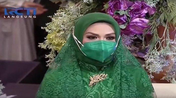 Krisdayanti hadir di acara pengajian Aurel Hermansyah jelang menikah, Sabtu (30/3/2021). (Tangkapan Layar Vidio)