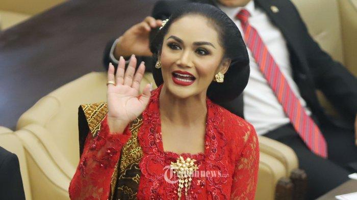Respons Krisdayanti Sikapi Sentilan KPK Soal Anggota DPR Terima Endorsement
