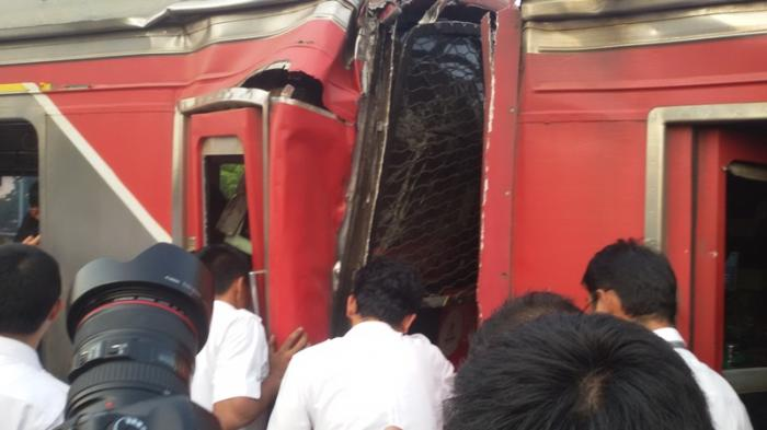 Tabrakan KRL di Stasiun Juanda, KAI Imbau Penumpang Cari Transportasi Lain