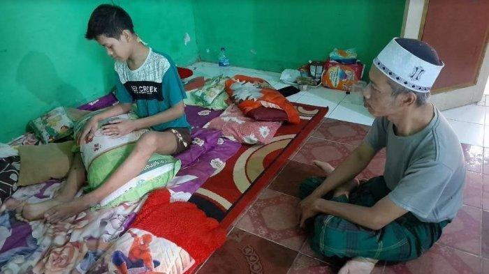 Hendak Bangunkan Warga Sahur, Remaja 15 Tahun di Serang Dibacok Orang Tak Dikenal