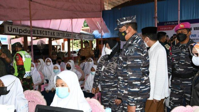 KSAL Tinjau Vaksinasi Persiapan Belajar Tatap Muka di Pondok Pesantren Darul Ulum Jombang