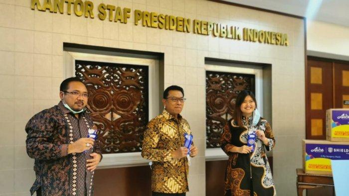 Kantor Staf Presiden Bareng GP Ansor dan Aice Gulirkan Gerakan Pentahelix 5 Juta Masker Medis