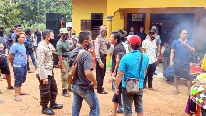 Langgar Protokol Kesehatan, Polisi Bubarkan Pentas Kuda Lumping di Kabupaten Banyumas