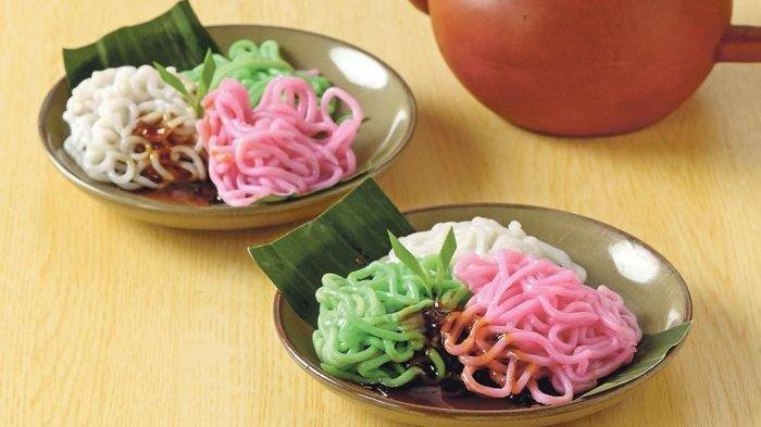 Kue Putu Mayang, Jajanan Tradisional Betawi yang Berbentuk Mi Gulung