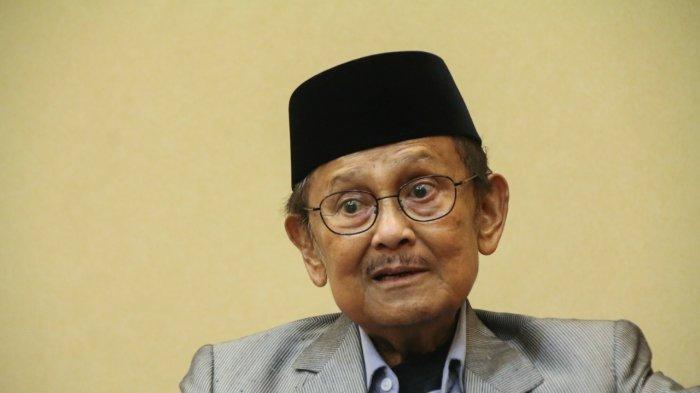 BJ Habibie meninggal dunia, Rabu (11/9/2019). Mensesneg menetapkan hari berkabung nasional selama tiga hari.