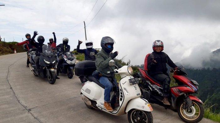 Touring ke Dieng dan Yogya Sejauh 1400 Km, Komunitas LA 32 Riders Gelar Aksi Sosial Unik