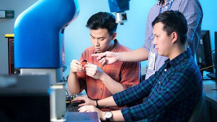 Keunggulan Teknik Elektro UMN Hadapi Industri 4.0