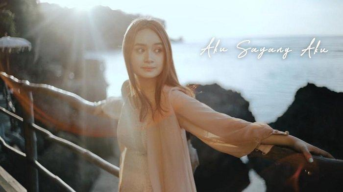 Chord Lagu Aku Sayang Aku - Chintya Gabriella: Terima Kasih Masa Lalu Kamu Ajarku Bahagia