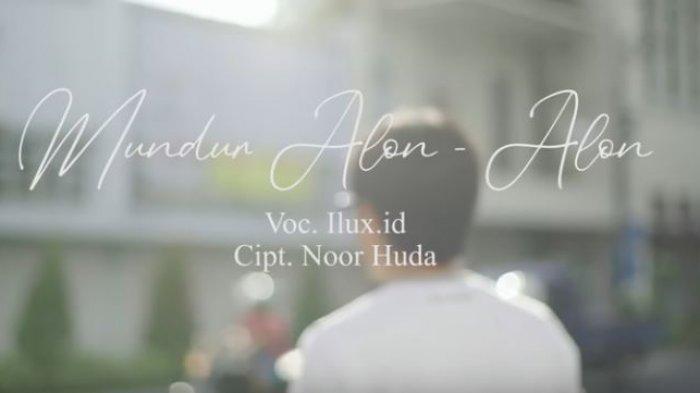 Download MP3 Lagu Mundur Alon-alon yang Dinyanyikan ILUX ID, Dilengkapi Lirik dan Videonya.(Tangkap layar akun YouTube Ilux Official)