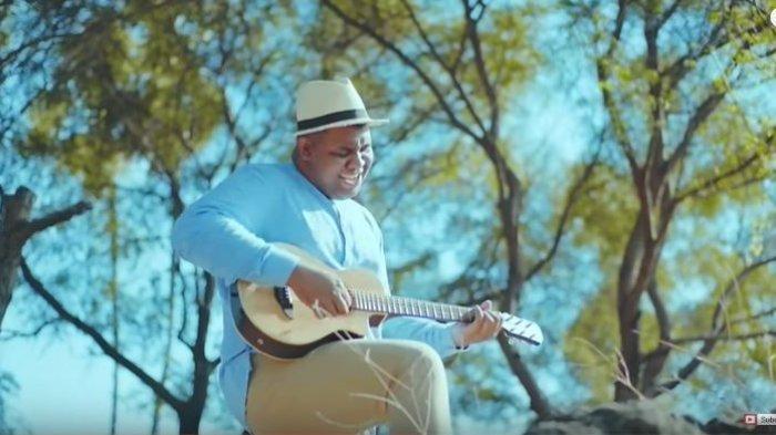 Chord Gitar dan Lirik Lagu Hanya Rindu - Andmesh Kamaleng: Kuingin Saat Ini