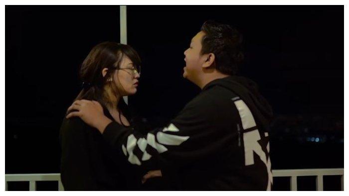 Chord Gitar dan Lirik Lagu Satru - Denny Caknan feat Happy Asmara, Lengkap dengan Video Klipnya