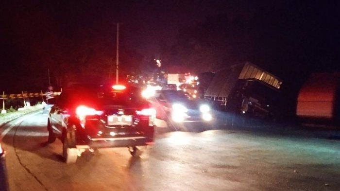 Truk Terguling di Tanjakan Gentong, Kemacetan Panjang Terjadi di Jalur Garut-Tasik