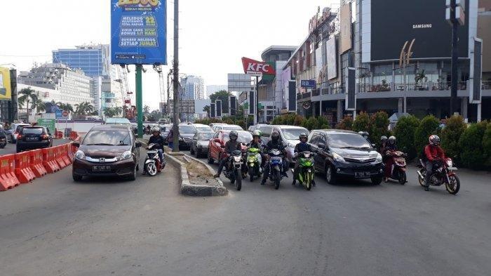 ILUSTRASI - Traffic light di di Simpang BCP Jalan KH Noer Ali Kota Bekasi, Sabtu (8/6/2019).
