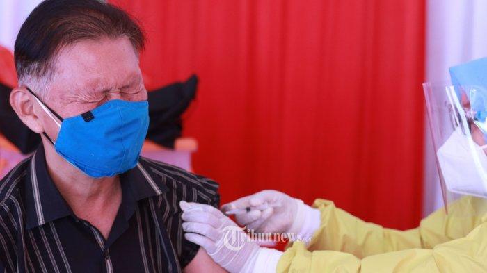 Update Vaksinasi 3 Maret : 2,1 Juta orang Terima Suntikan Vaksin Covid-19 Dosis Pertama