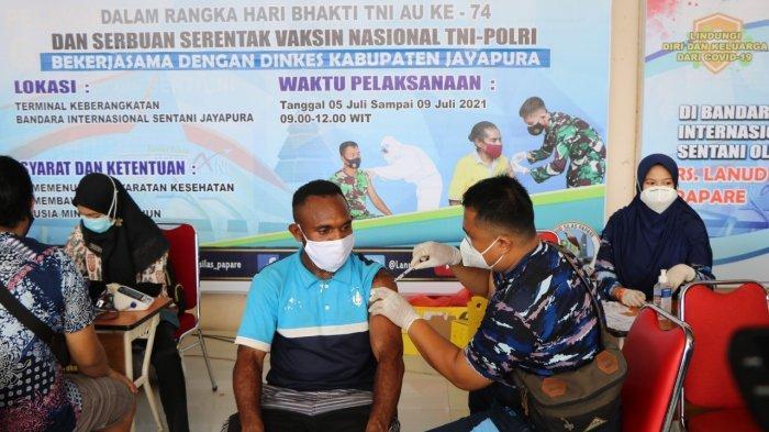 Komandan Lanud Silas Papare: Antusiasme Masyarakat untuk Melaksanakan Vaksin Sangat Meningkat