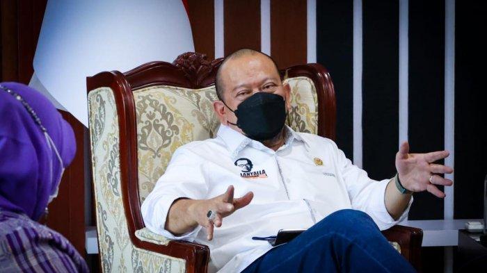 Ketua DPD RI Ingatkan Pemda Tak Tunda Pembangunan Jalan