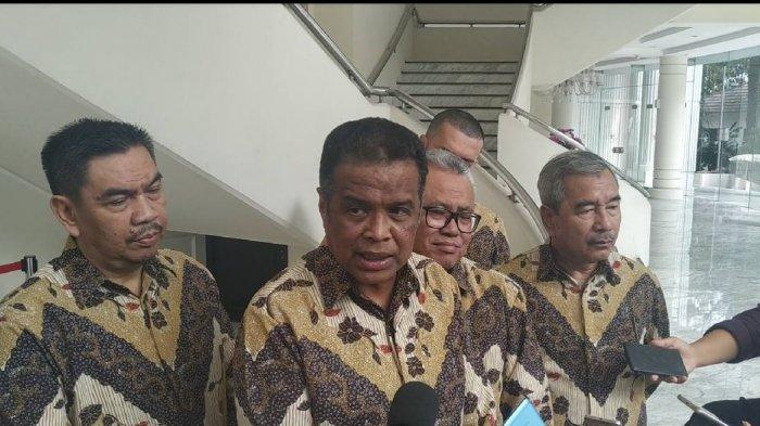 Forum SATHU Lapor Wapres Ma'ruf Terkait Pemberangkatan Umrah Korban First Travel