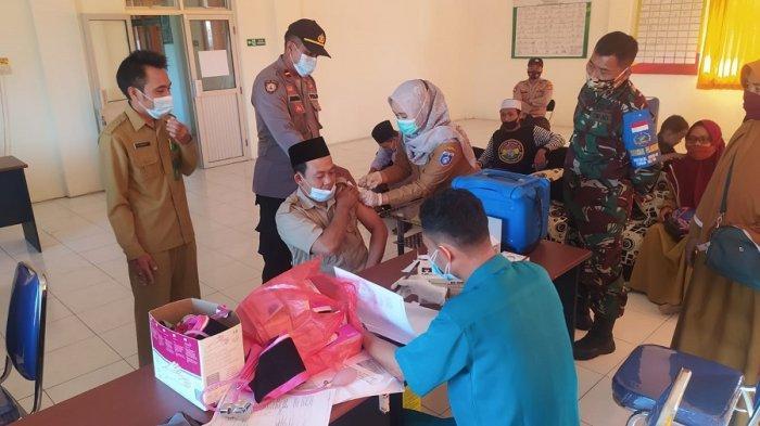Laskar Sasak Gandeng Pemerintah Gelar Vaksinasi Massal di Lombok