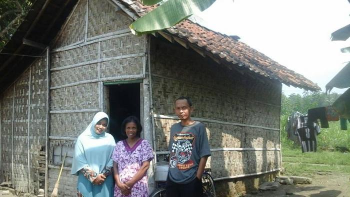 Dana Bedah Rumah di Desa Mojojejer Jombang Disunat
