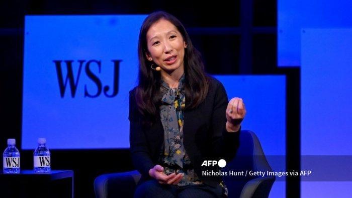 NEW YORK, NEW YORK - 20 MEI: Presiden dan CEO Planned Parenthood Federation of America, Leana Wen berbicara di The Wall Street Journal's Future Of Everything Festival di Spring Studios pada 20 Mei 2019 di New York City.