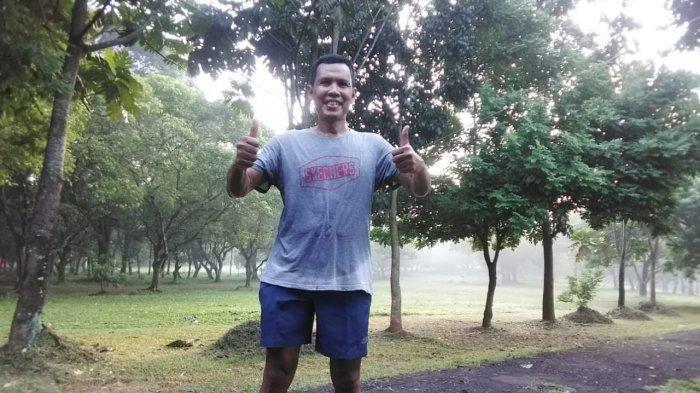 Legenda tunggal putra Indonesia, Joko Suprianto. Joko pernah jawara IBF 1993. Dia ikut mengomentari performa Jonatan Christie, pebulutangkis tunggal putra Indonesia yang tampil kurang apik di Olimpiade Tokyo 2020.
