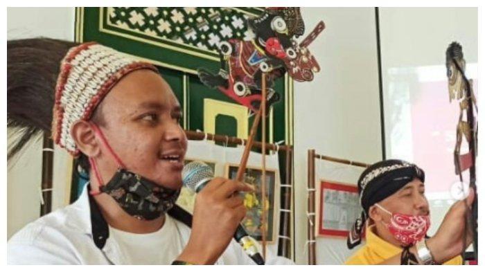 Ciptakan 'Wayang Papua', Seniman Jogja Ingin Jembatani Budaya Papua Menembus Indonesia