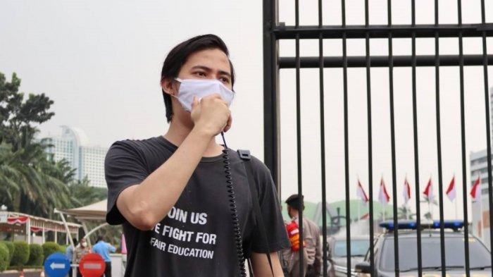 Ketua Umum BEM UI Minta Hentikan Politisasi Vaksin Nusantara