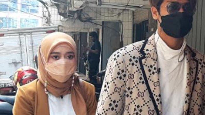 Rizky Billar dan Lesti Kejora dikabarkan akan menikah tahun ini, setelah kenal, dekat, dan berpacaran selama delapan bulan.