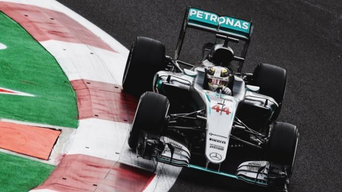 Persaingan Hamilton dan Rosberg Rebut Gelar Juara Dunia Makin Ketat