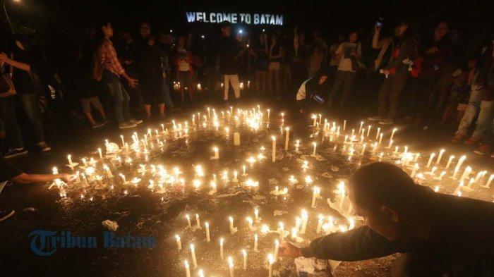 Lilin dari Batam untuk Ahok dan Indonesia: Persatuan Itu Sangat Mahal