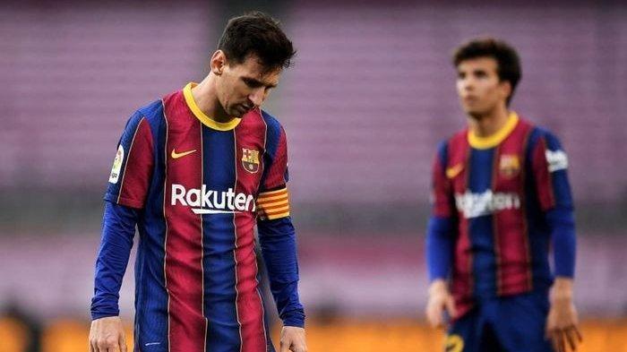 Jordi Alba mengaku pasrah soal nasib dan masa depan Lionel Messi usai Barcelona gagal menjadi juara Liga Spanyol musim ini.
