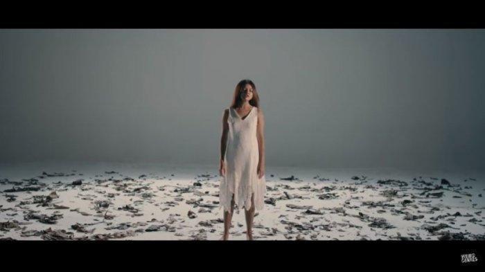 Lirik Lagu dan Arti Lathi - Weird Genius feat Sara Fajira, Lagu yang Viral di TikTok