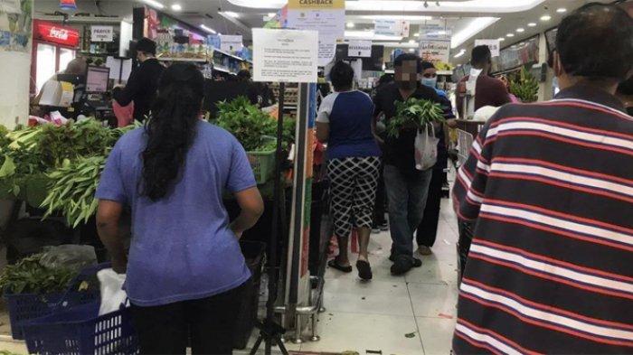 Little India Brickfields, Kuala Lumpur, Malaysia masih ramai pengunjung pada hari ke-4 penerapan lockdown.