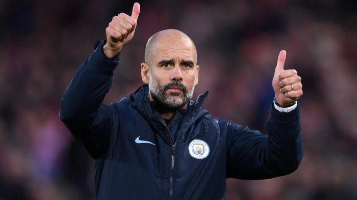 Ekspresi pelatih Manchester City, Pep Guardiola saat timnya bermain imbang melawan Liverpool dalam laga pekan ke-8 Liga Inggris musim 2018-2019 di Stadion Anfield, Liverpool, Inggris, Minggu (7/10/2018) malam WIB.